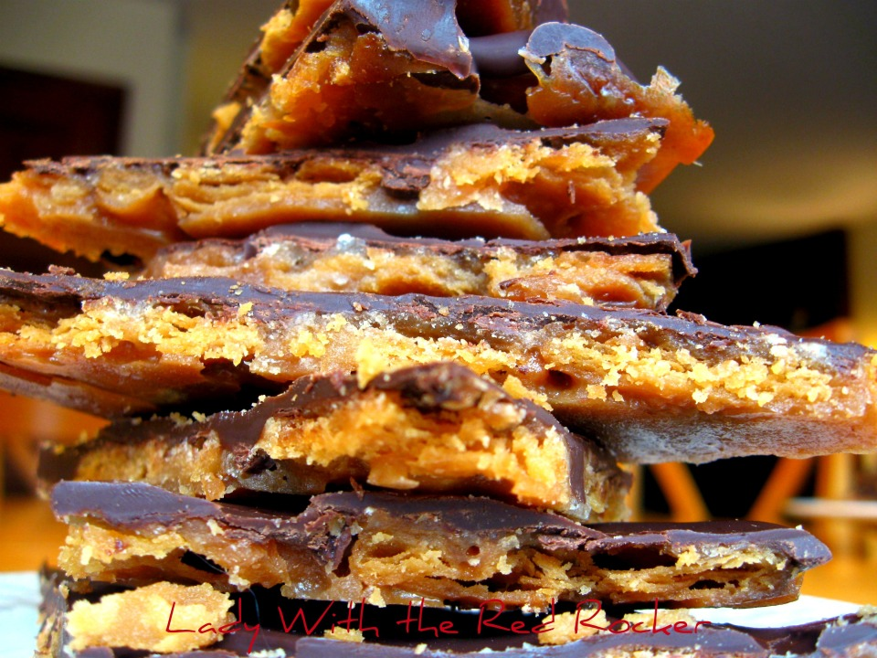 cracker toffee 2